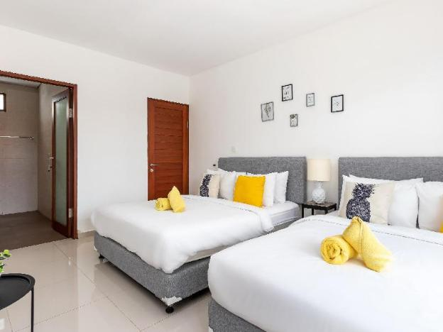 Affordable Villa on Sunset Road - Villa Pineapple