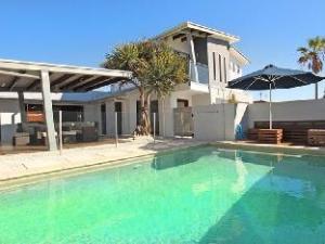 Bandaroo 4 Holiday House