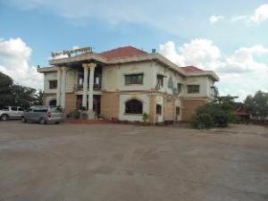 Rattanaphongphasouk Hotel