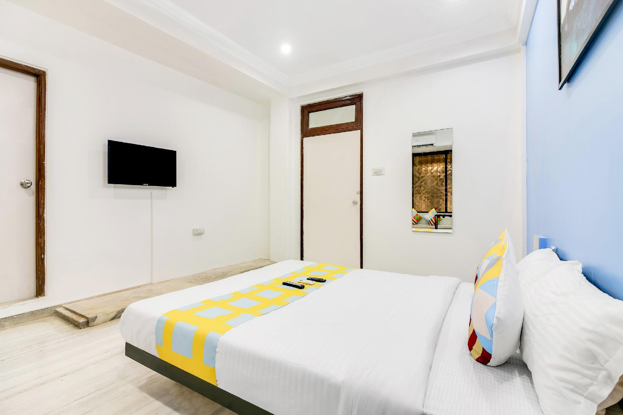 OYO 43232 Grand Stay Silverin Apartment Shivaji Park