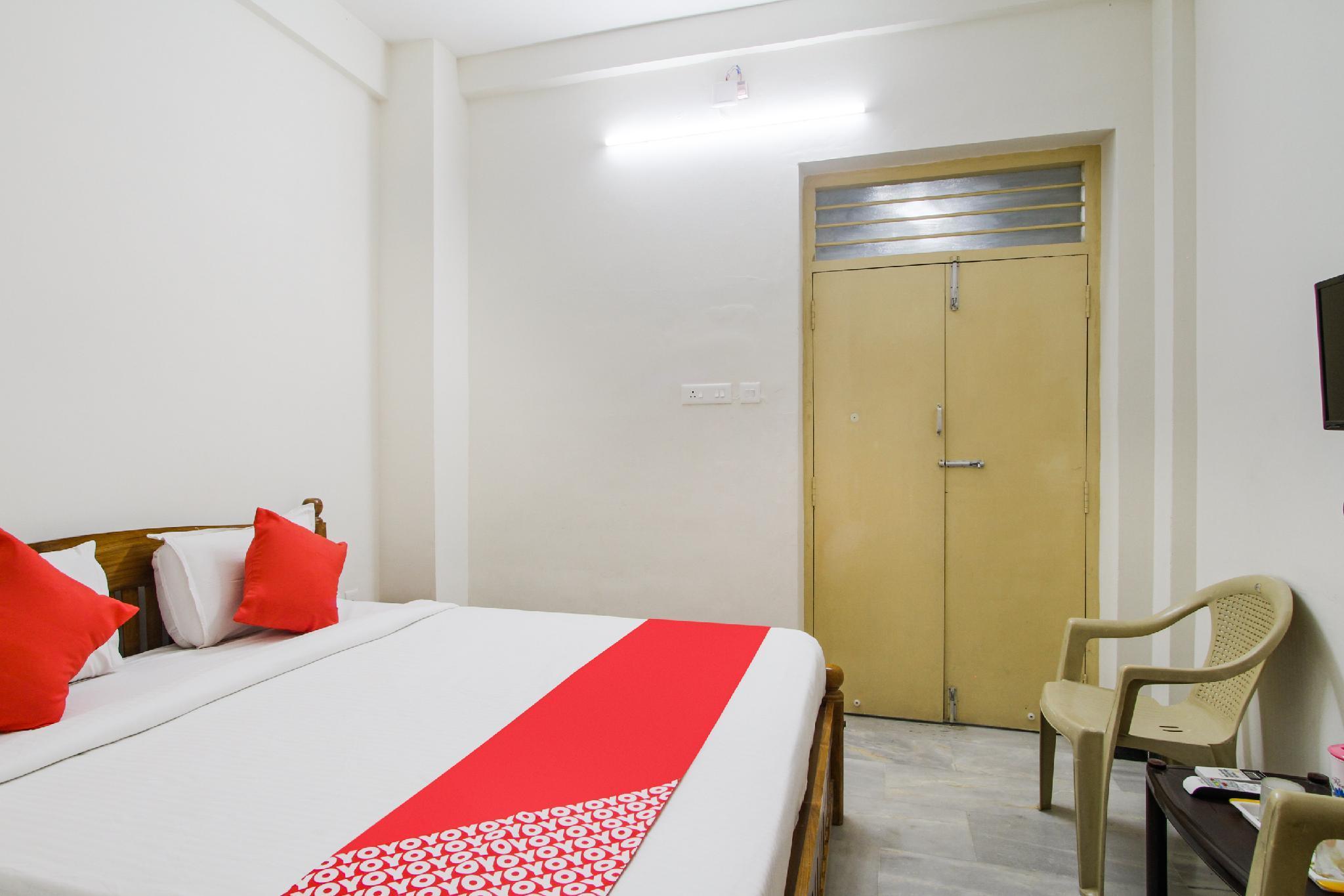 OYO 61861 Hotel Dream Palace