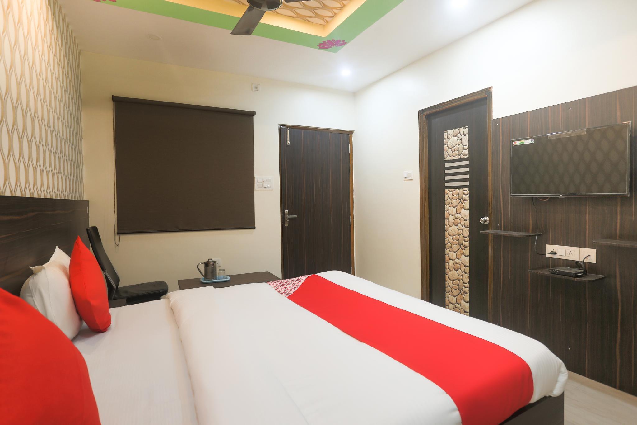 OYO 63401 The Banarasi Kothi Paying Guest House