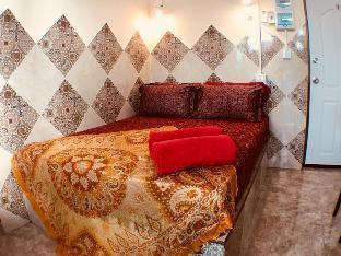 [サトーン]スタジオ アパートメント(10 m2)/1バスルーム Colorful Room with Soaring Views in Center BKK