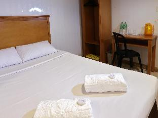 picture 5 of Value Star Inn