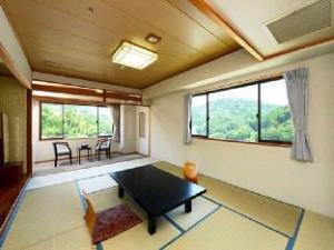 Izu Shuzenji Onsen Hotel Takitei
