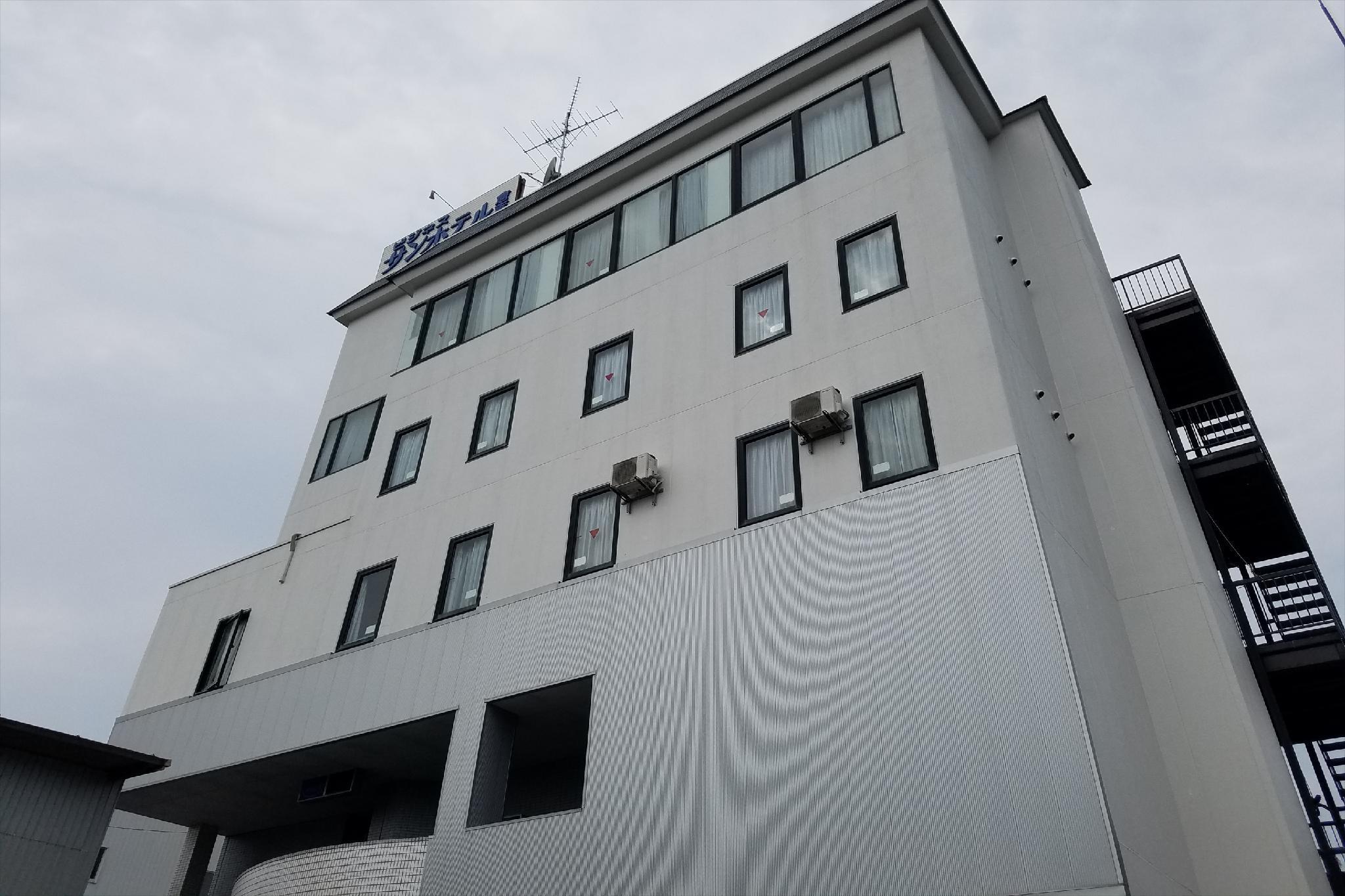 OYO 44665 Sunhotel Kurayoshi