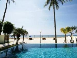 The Sea House Beach Resort