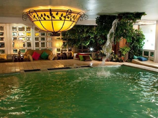 โรงแรมไดมอนด์ ซิตี้ – Diamond City Hotel