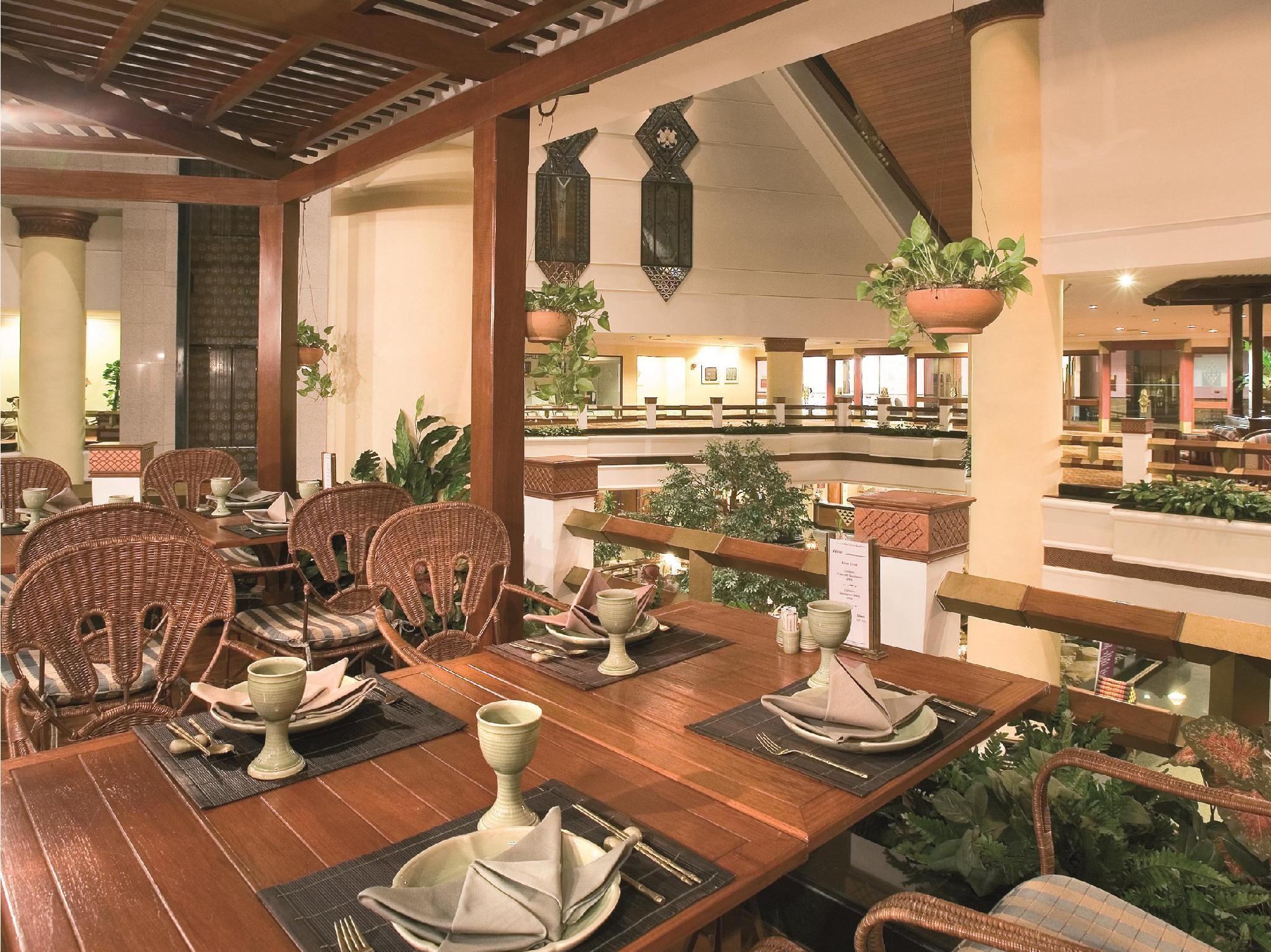 Pullman Khon Kaen Raja Orchid Hotel โรงแรมพูลแมน ขอนแก่น ราชา ออคิด