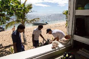 Barefoot Kuata Island 3