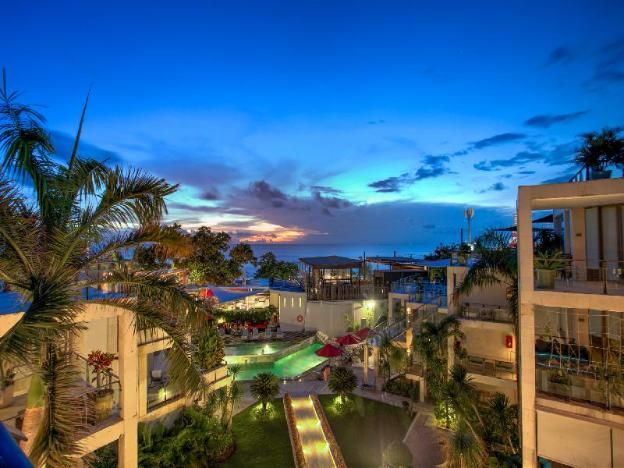 FuramaXclusive Ocean Beach Hotel Seminyak