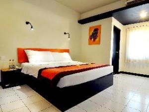 โฮเต็ล ยานี (Hotel Yani)