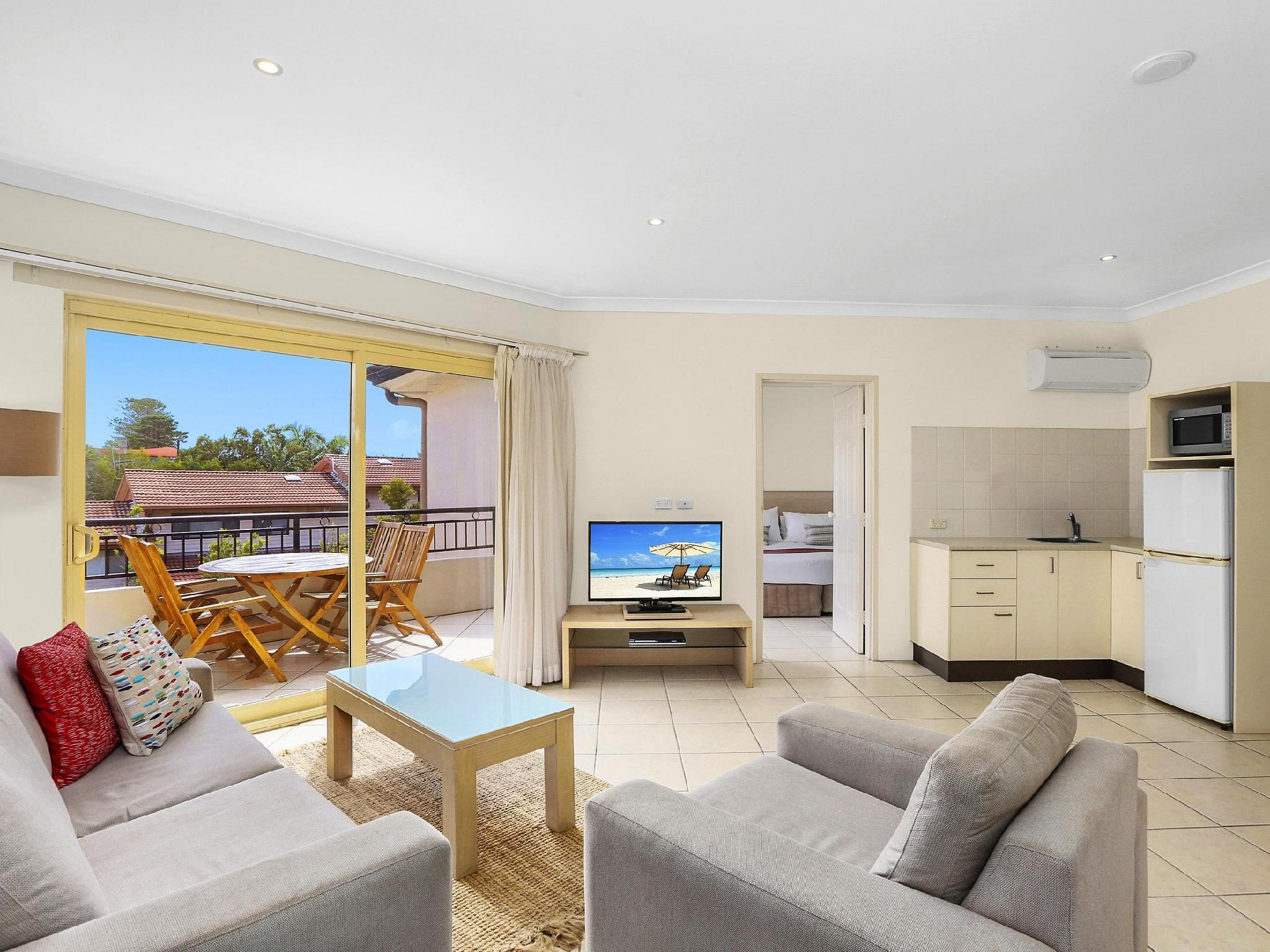 Review Terrigal Sails Serviced Apartments