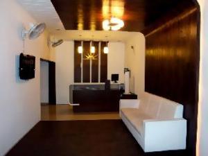 Vista Rooms at Athwa