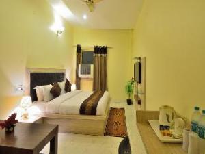 库马尔国际酒店 (Hotel Kumar International)