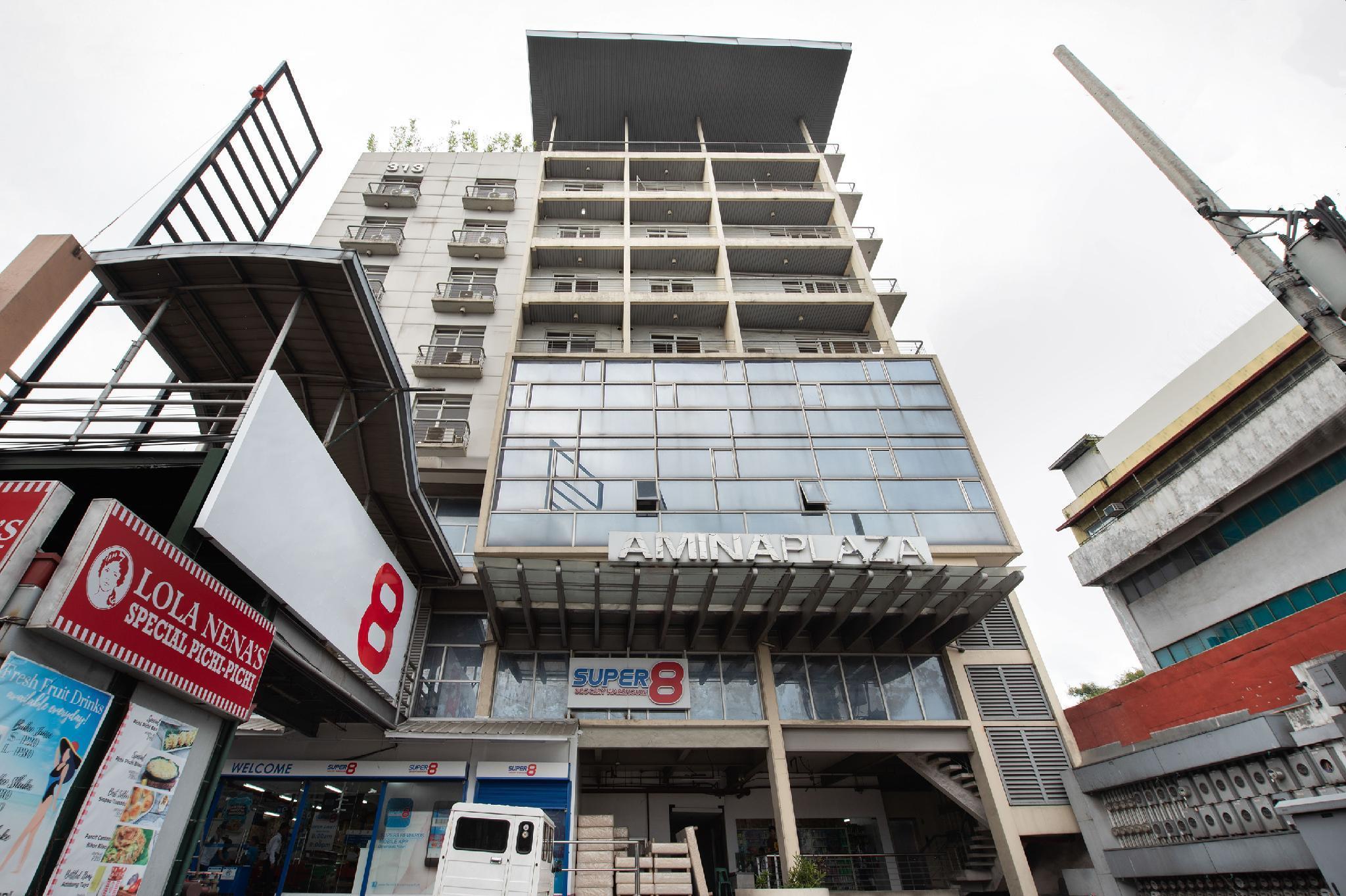 OYO 533 Amina Plaza