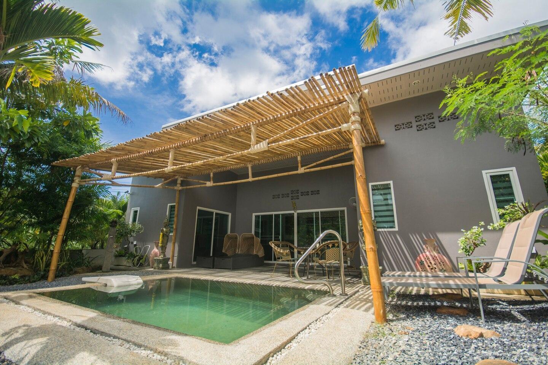 Private Pool/Piscine Family Villa 2BR,2 Full Baths บ้านเดี่ยว 2 ห้องนอน 3 ห้องน้ำส่วนตัว ขนาด 110 ตร.ม. – หาดคลองม่วง