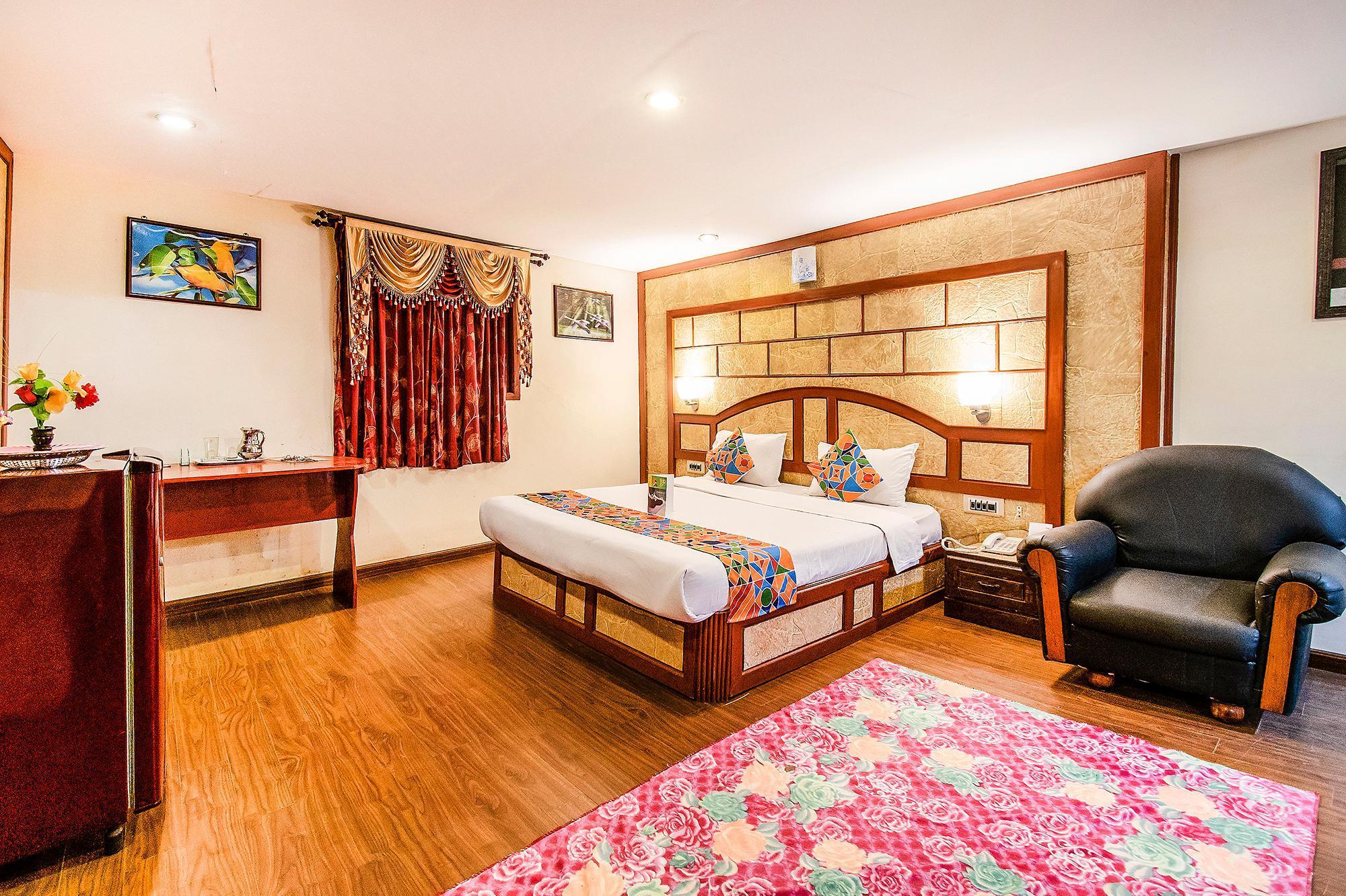 FabHotel Roshan Residency