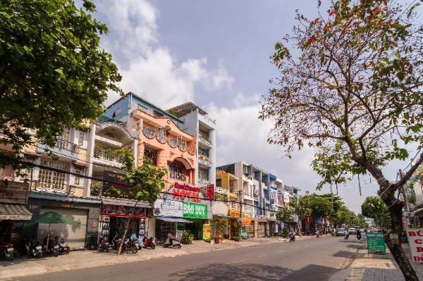RedDoorz near Ten Lua Ho Chi Minh City