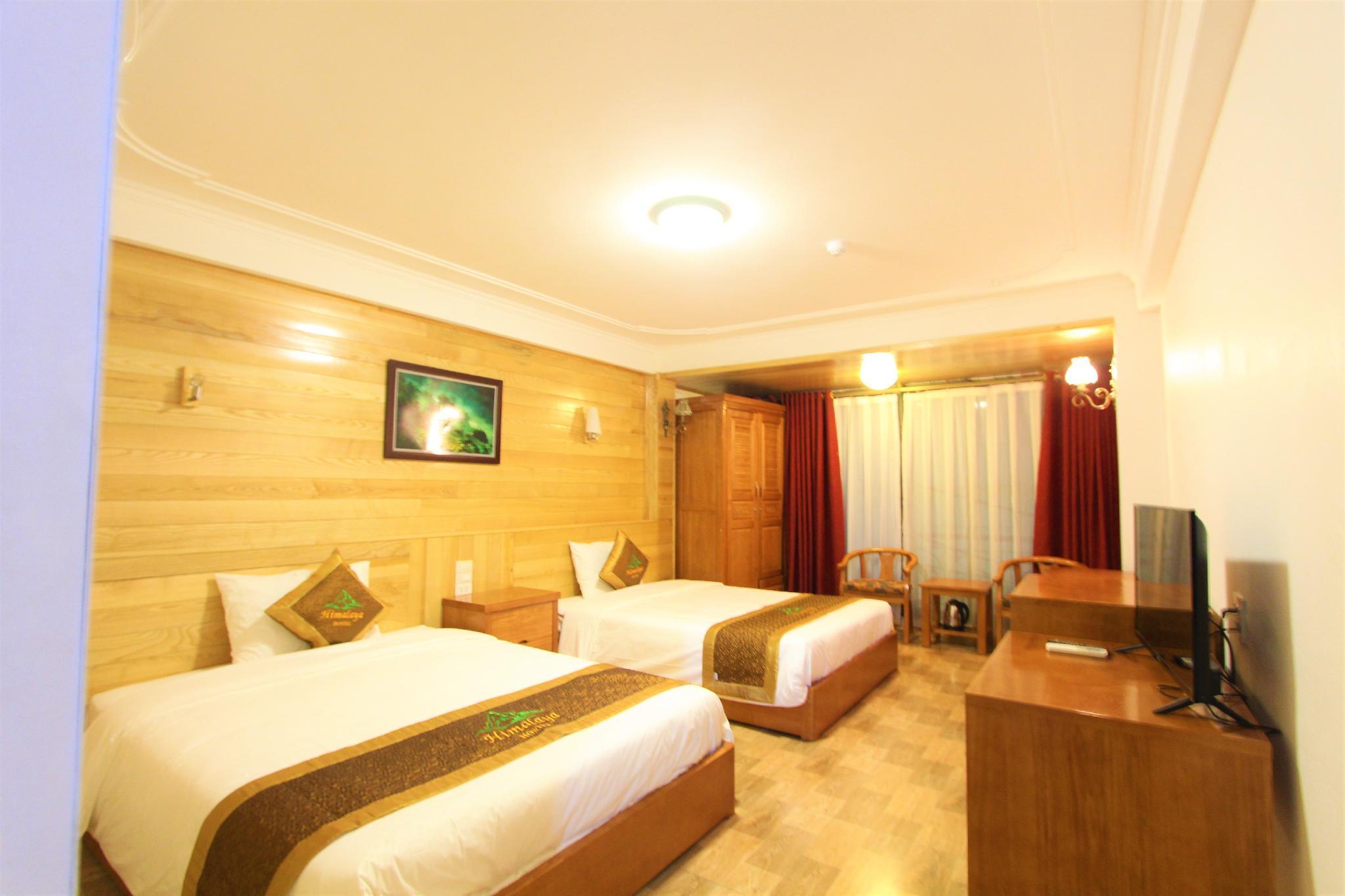 HIMALAYA HOSTEL ROOM