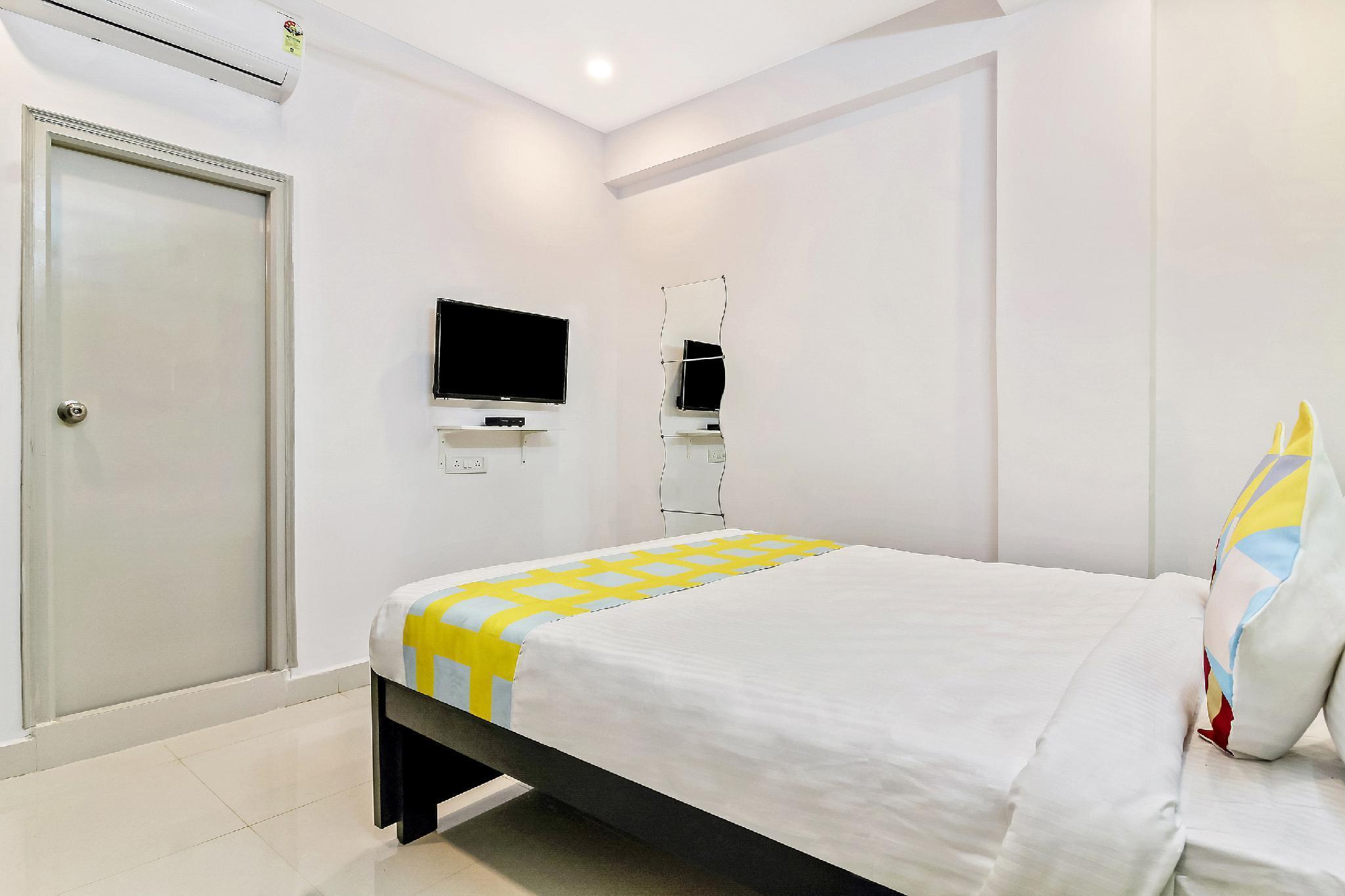 OYO Home 45742 Vennela Residency