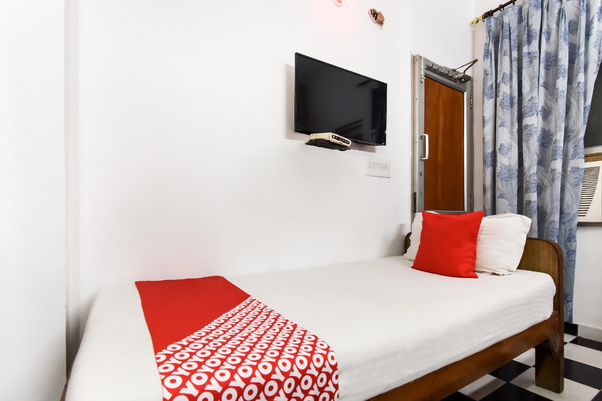 SPOT ON 49974 Gurumehar Residency