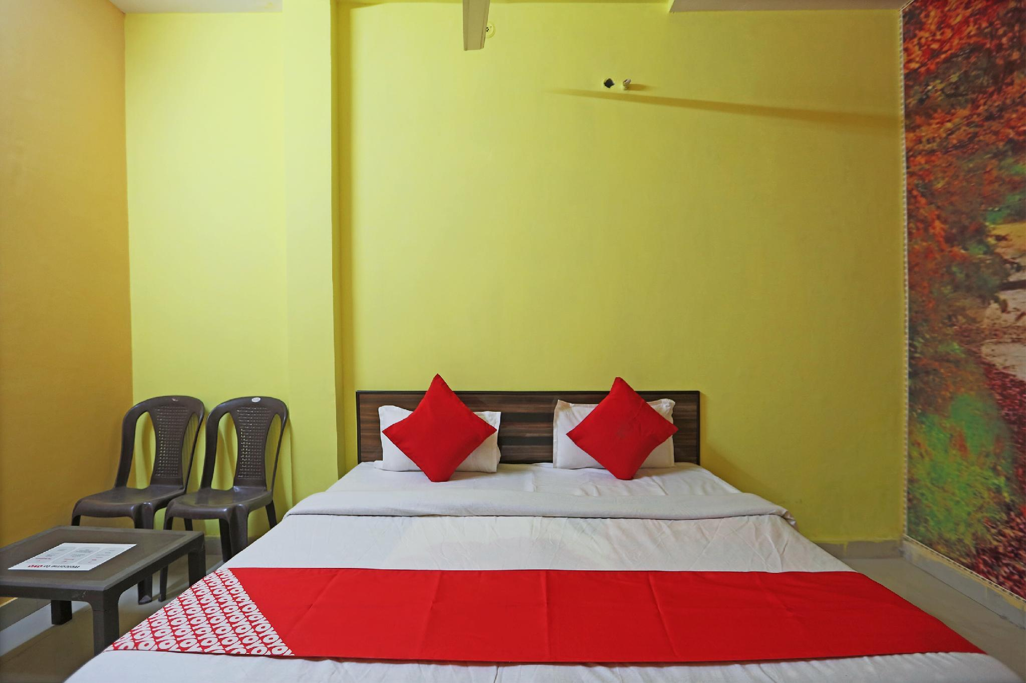 OYO 49089 Sangam Guest House
