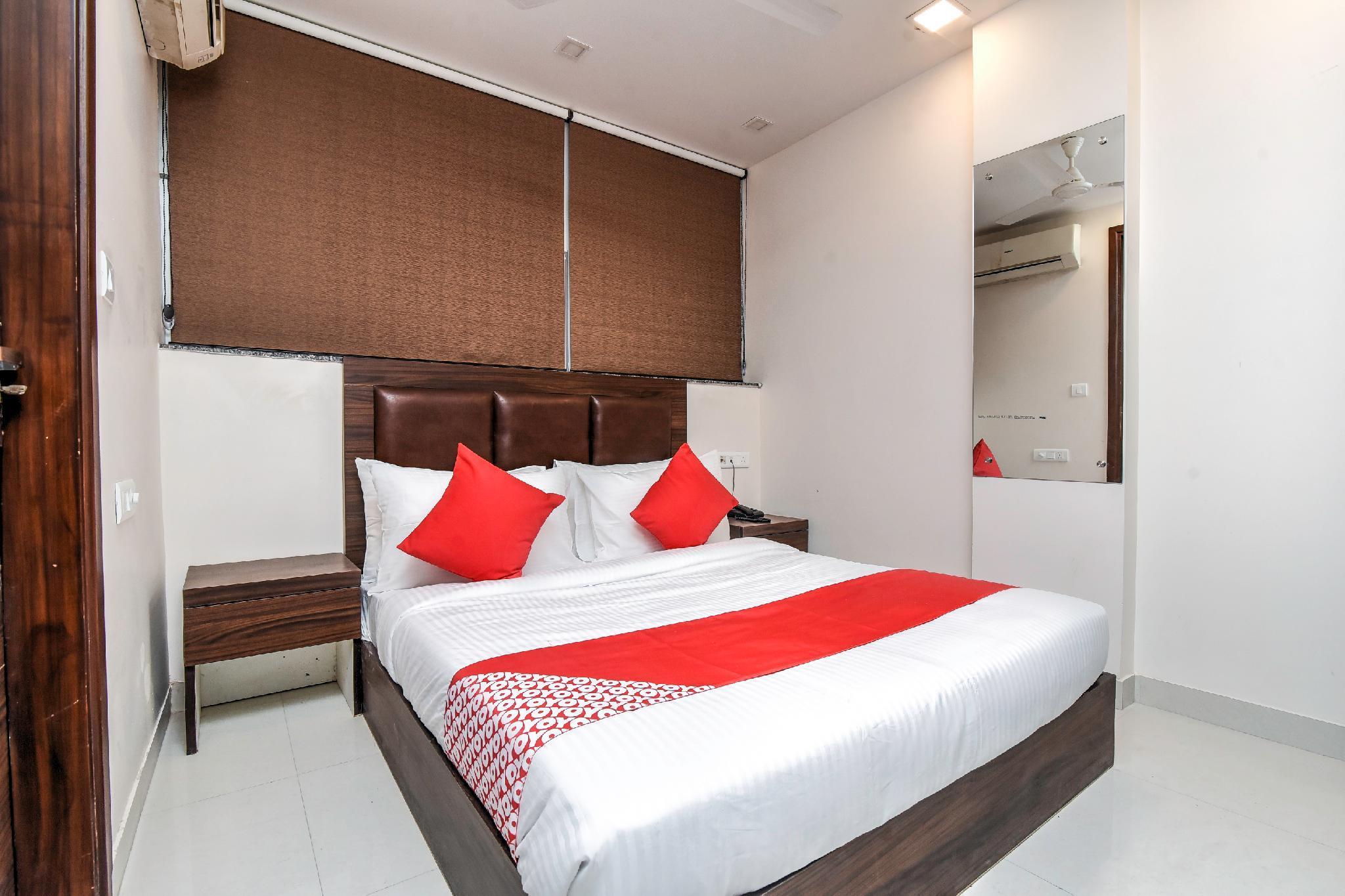 OYO Flagship 65195 Hotel Suryoday Flagship