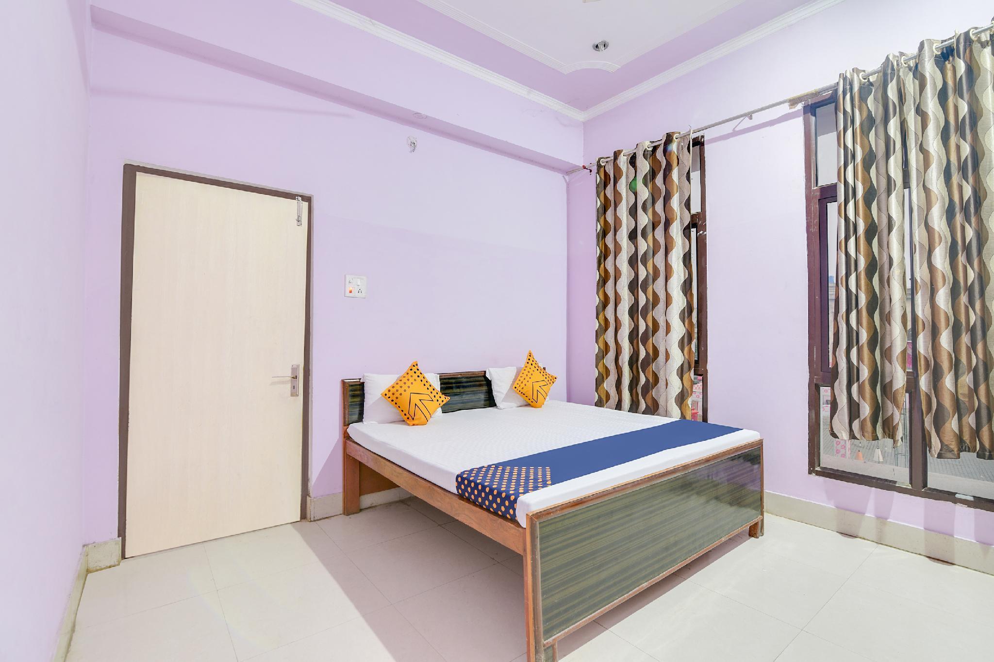 SPOT ON 65721 Ashok Palace