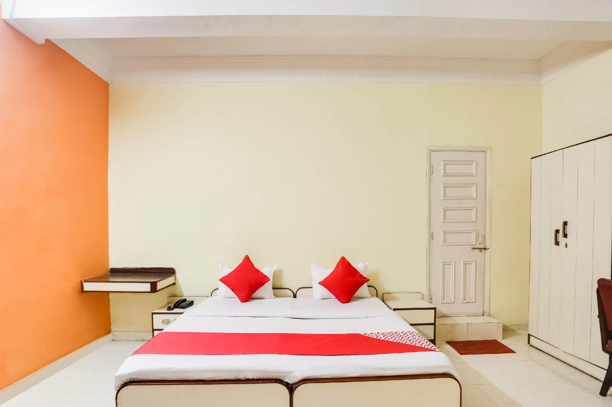 OYO 66120 Sai Priyanka Comfort Inn
