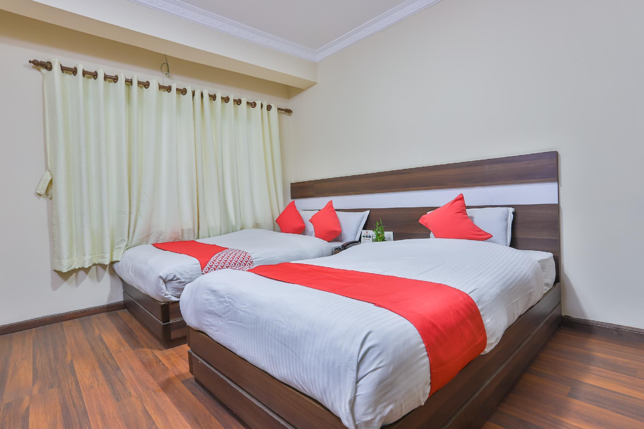 OYO 693 Pashupati Hotel