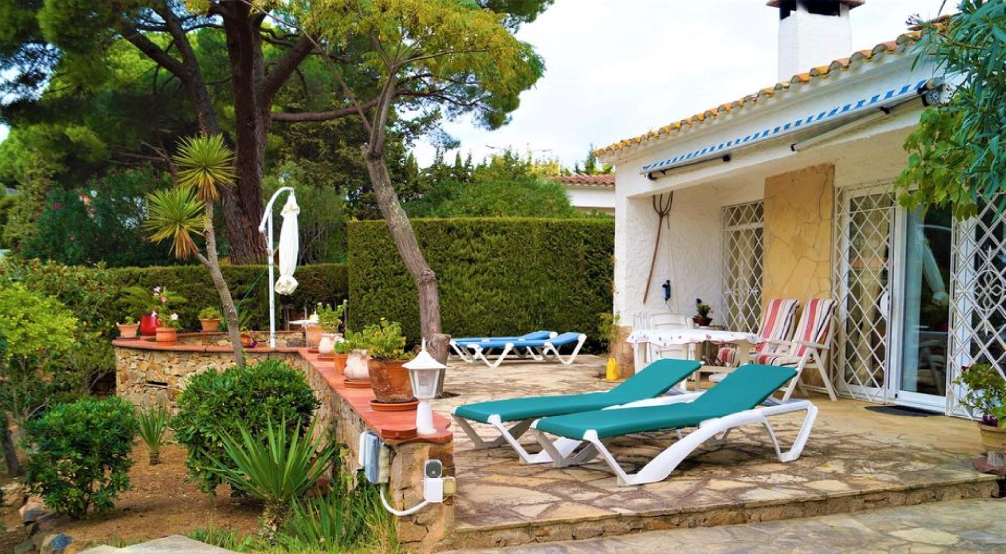 107526   House In Cala Canyelles