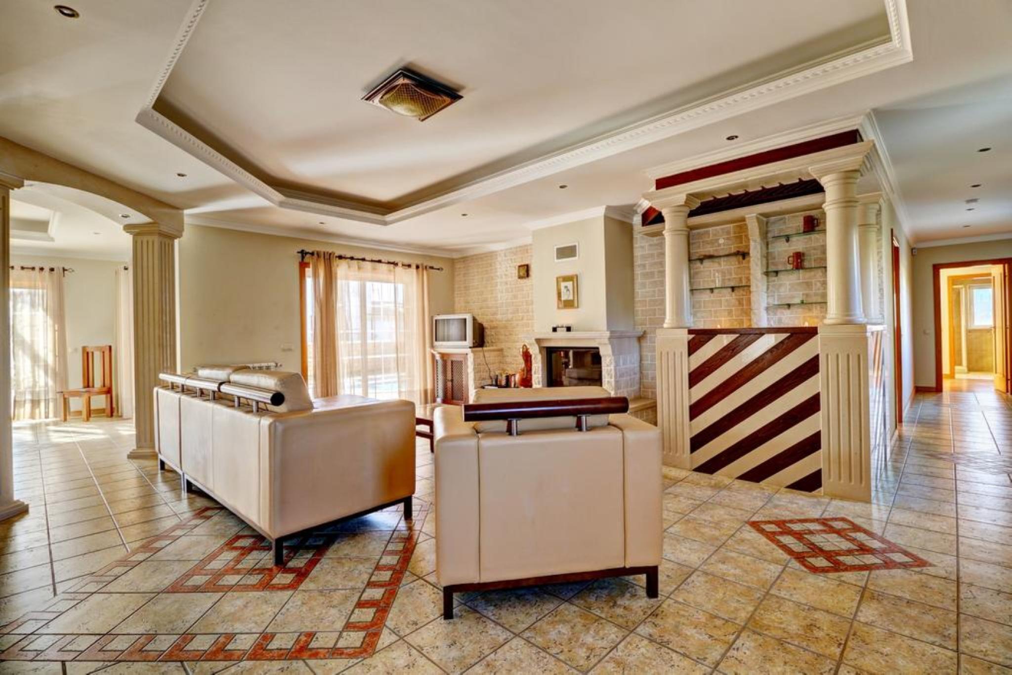 107490   Villa In Albufeira