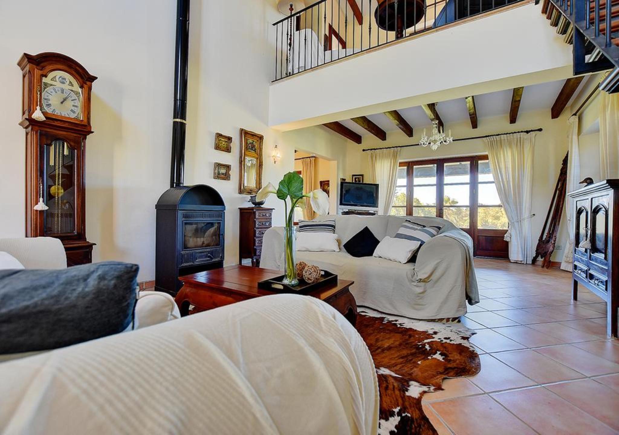 107754   Villa In Inca