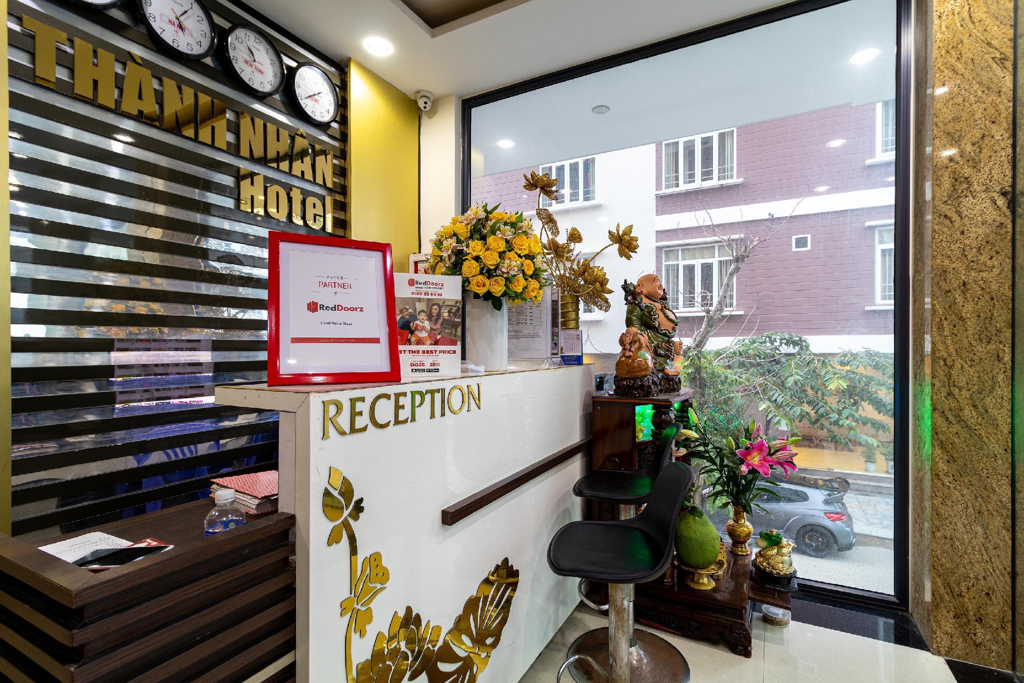 RedDoorz Near Hoan My Hospital Danang