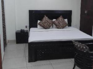 Jana Residency Hotel