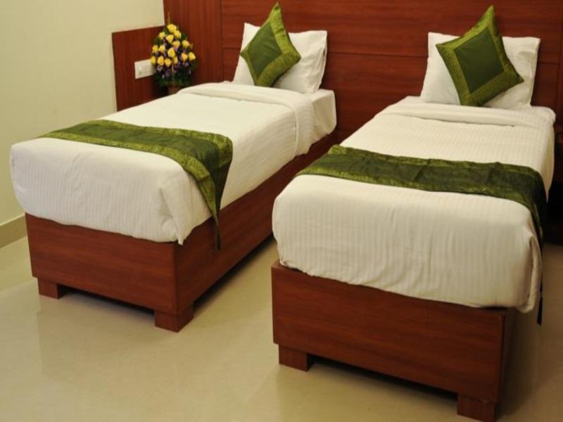 Reviews Hotel Treebo Golden Castle