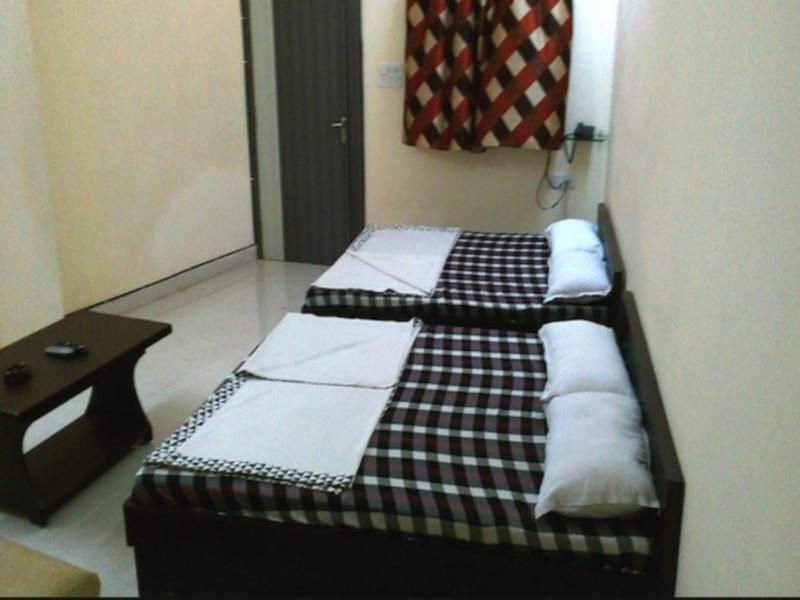 Review Hotel Jagdamba Palace