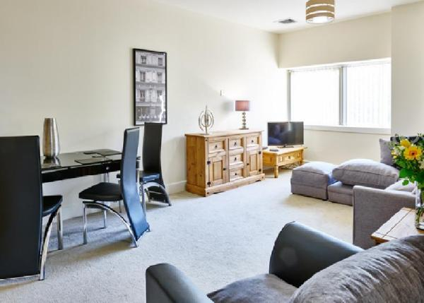 Charter House - Shortstay MK Serviced Apartments Milton Keynes