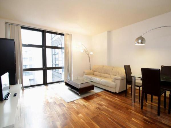 Horizon Canary Wharf Apartment London