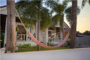 3 ベッドルーム ビーチ フロント ヴィラ バーンラック (3 Bedroom Beach Front Villa Bangrak)