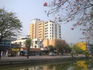 Life In Town Chiangmai