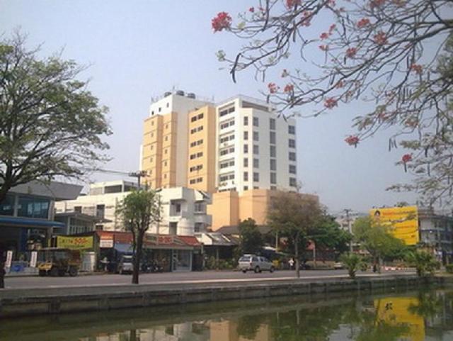 ไลฟ์ อิน ทาวน์ เชียงใหม่ – Life In Town Chiangmai