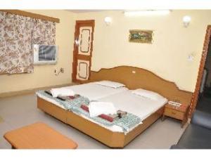 Vista Rooms at S.T.Road
