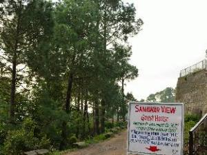 Hotel Whitemushroom-Kasauli