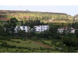 Vista Rooms near Bharati Vidyapeeth