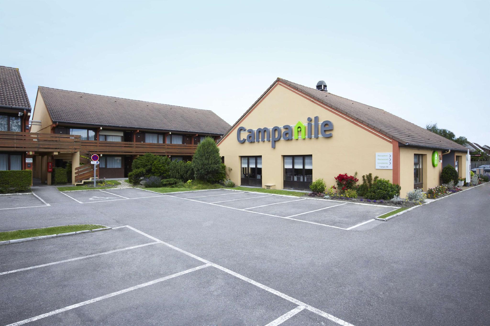 Campanile Calais Hotel