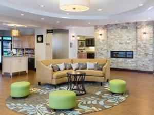Homewood Suites by Hilton Kalamazoo Portage