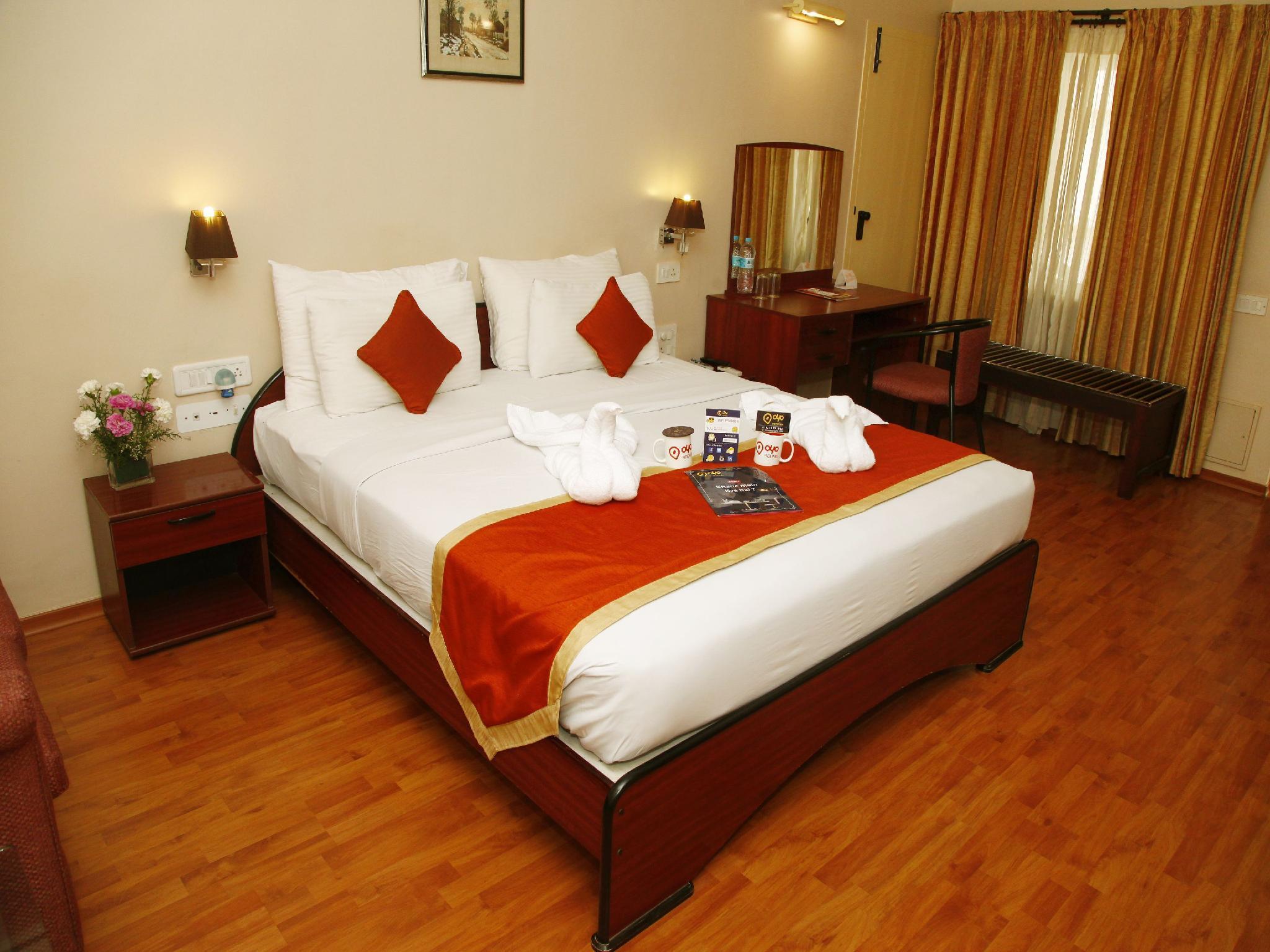 Reviews OYO Premium Gandhipuram Avinashi Road