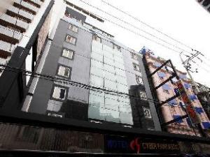 Yeongdeungpo CF Hotel